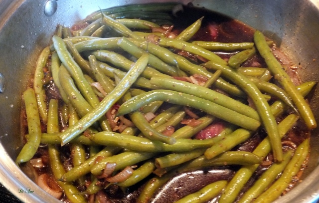 Fresh Greens Beans with balsamic dressing