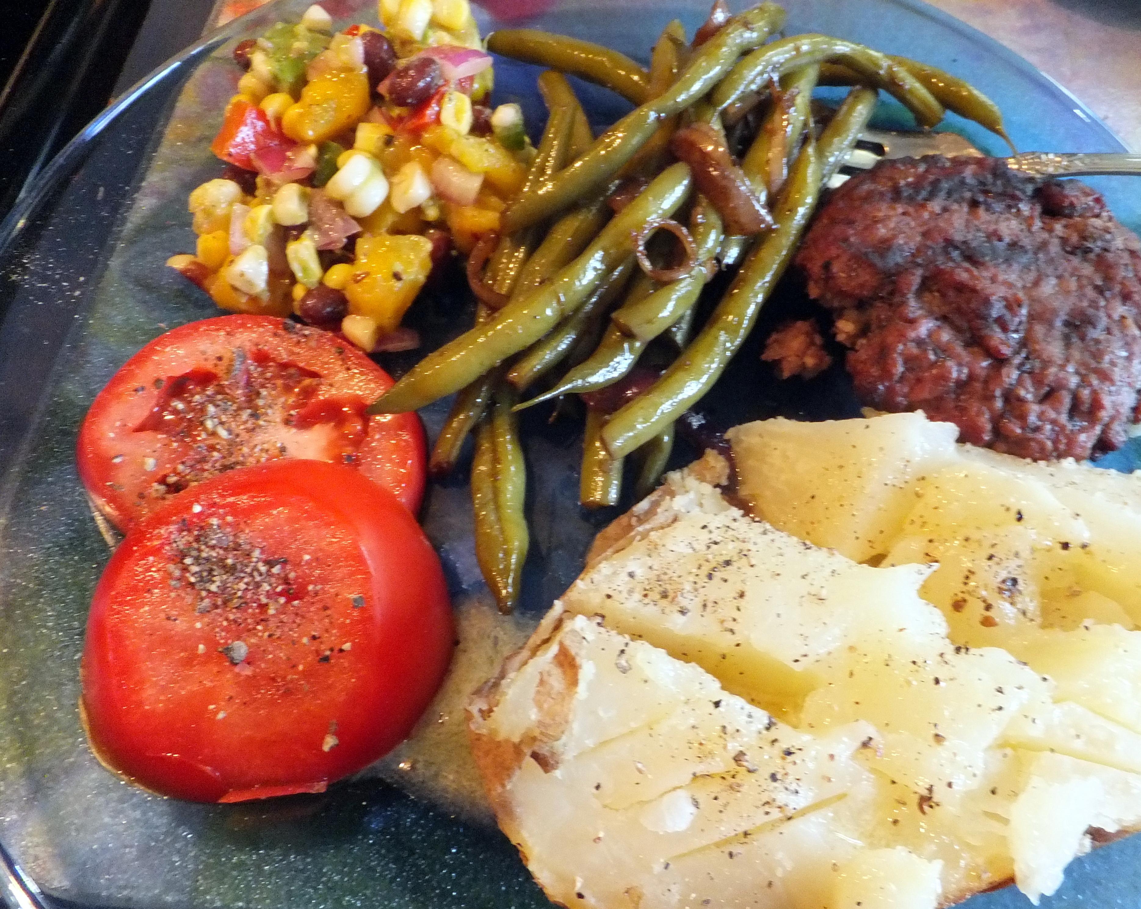 Hamburger steak, potato dinner